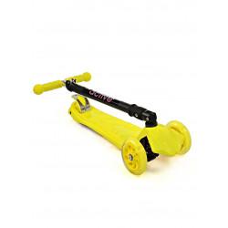 Самокат трехколесный SKL-07CL со складывающейся ручкой Maxi Flash Plus Желтый